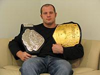 Федор Емельяненко -  легендарный чемпион по боям без правил