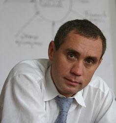 Сергей Бобриков – офисный Комус